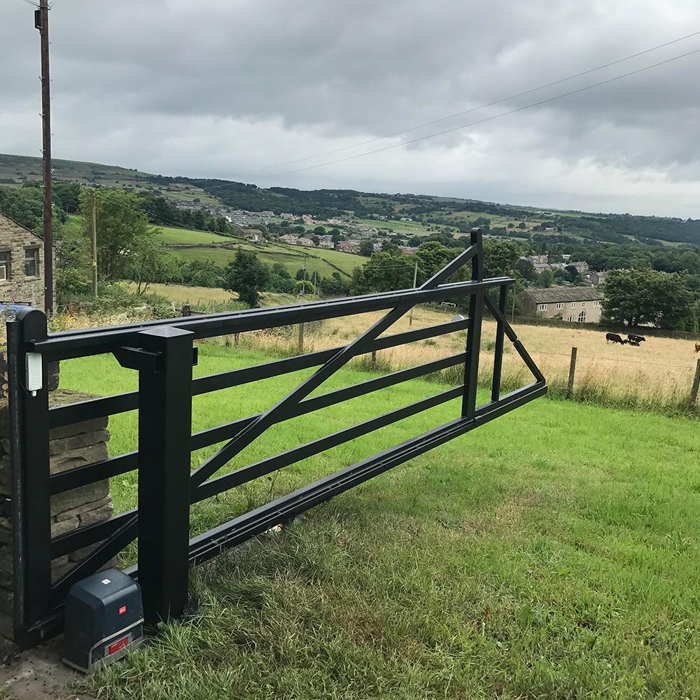 Cantilever wrought iron farm gate