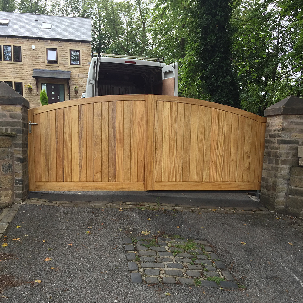Hard wood cantilever gate painted