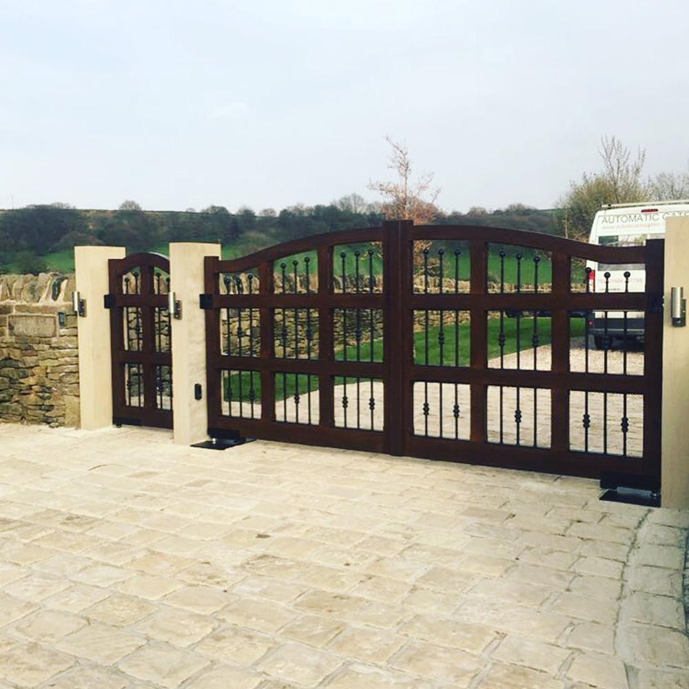Hard wood swing gates complete