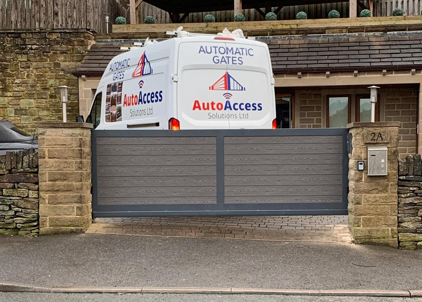 Automatic gates: what happens to my gate if the power goes off?