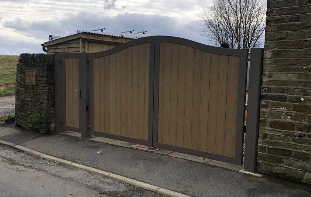 automatic gate installer in Huddersfield